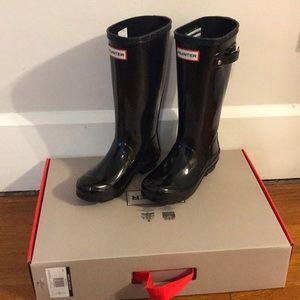 New! Hunter black boot